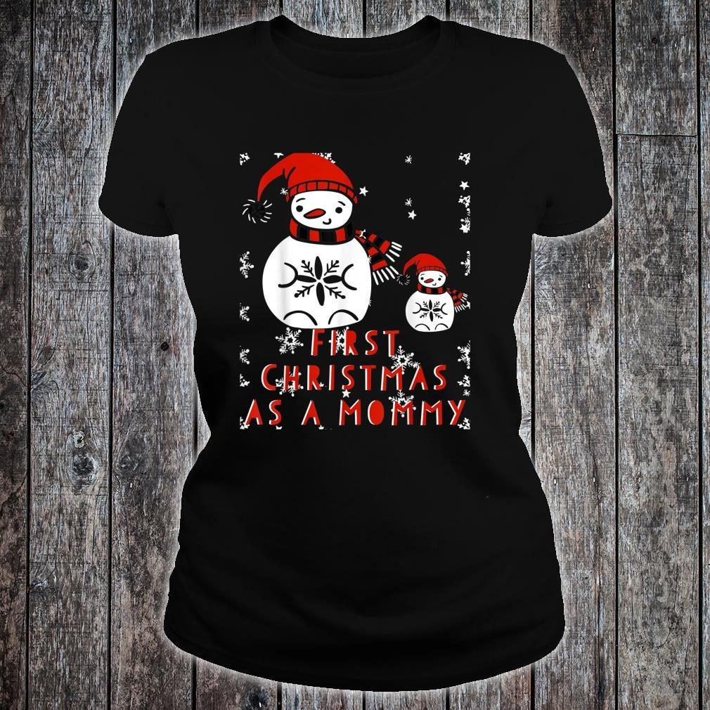 CHRISTMAS First Time Mom New Mommy Pregnant Mama Xmas Shirt ladies tee