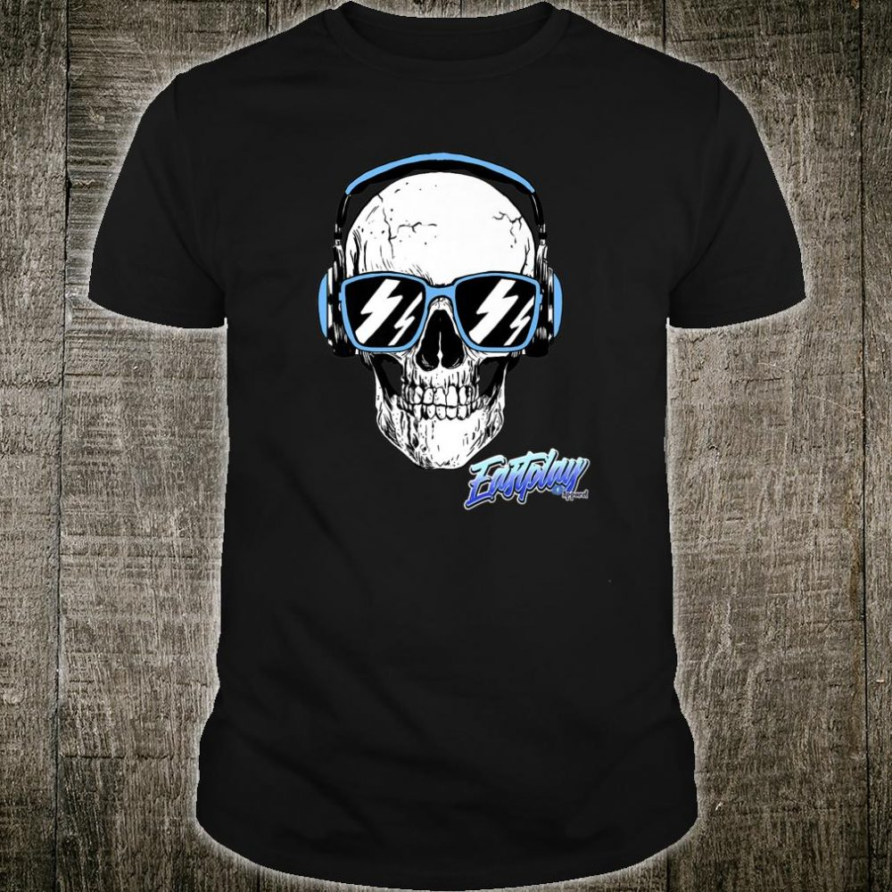 Eastplays Own Blue Headphone Skull Shirt
