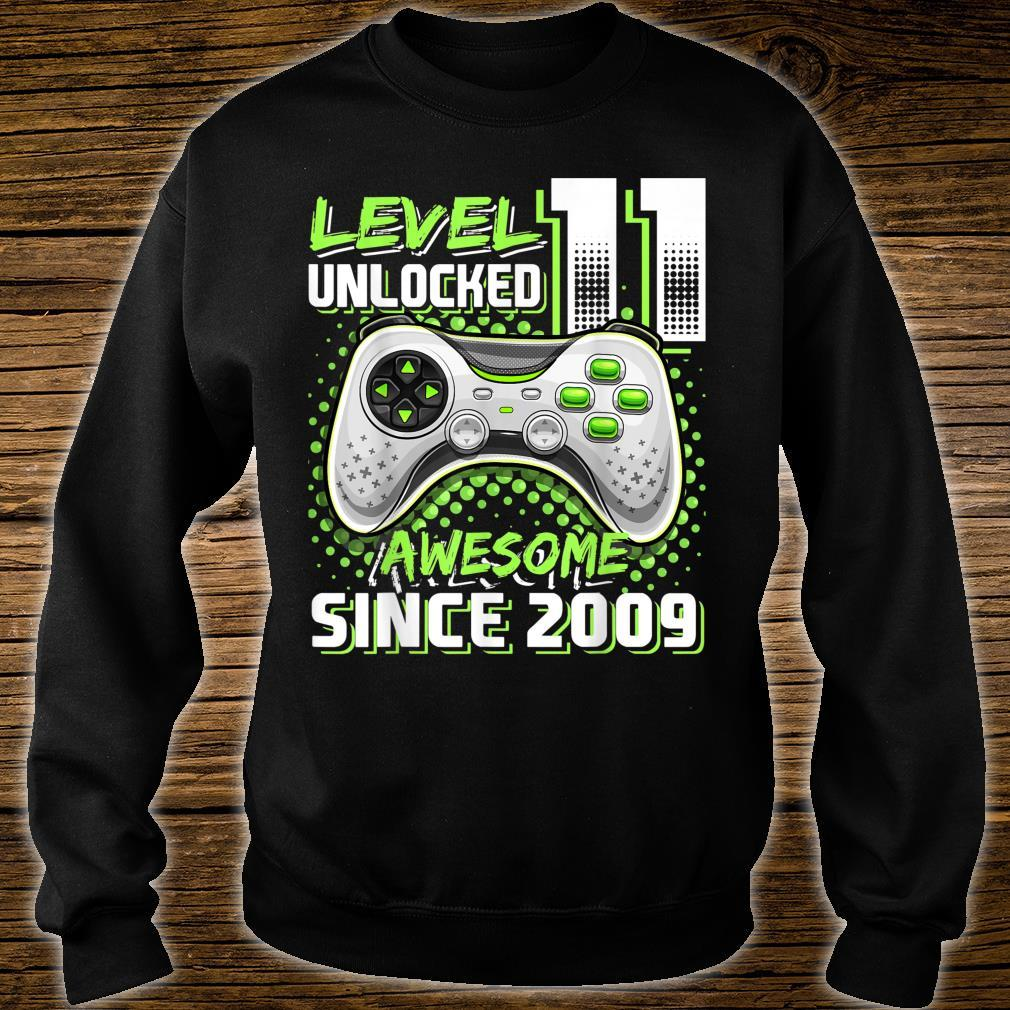 Level 11 Unlocked Awesome 2009 Video Game 11th Birthday Shirt sweater